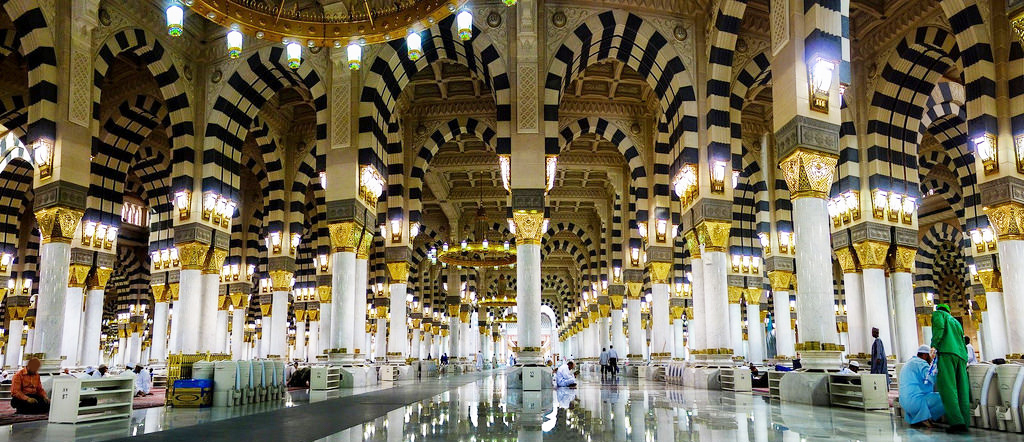 Umrah-Packages-for-2017-by-Authorized-Umrah-Operator-UK